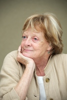 Maggie Smith picture G563063