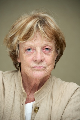 Maggie Smith poster G563065