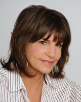 Mercedes Ruehl picture G563523
