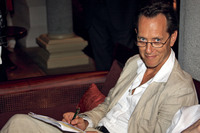 Richard E.Grant picture G563562