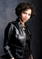 Gloria Reuben picture G563695