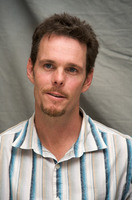 Kevin Dillon picture G569403