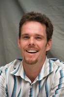 Kevin Dillon picture G569405