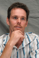 Kevin Dillon picture G569408