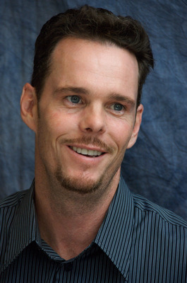 Kevin Dillon poster G569417