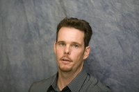 Kevin Dillon picture G569419