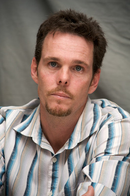 Kevin Dillon poster G569421
