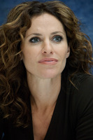 Amy Brenneman picture G571922