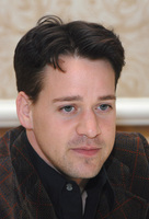 T.R. Knight picture G572867