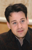 T.R. Knight picture G572869