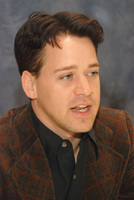 T.R. Knight picture G572870