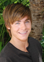 Zac Efron picture G573356