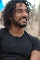 Naveen Andrews picture G574210