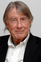 Joel Schumacher picture G576172