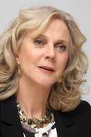 Blythe Danner picture G576444