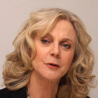 Blythe Danner picture G576447