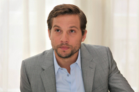 Logan Marshall-Green picture G578527