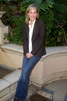 Joey Lauren Adams picture G578603
