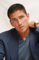 James Caviezel picture G579323