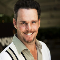 Kevin Dillon picture G569406