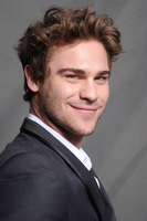 Grey Damon picture G580678