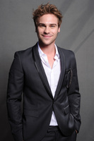 Grey Damon picture G580679