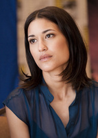 Julia Jones picture G584616