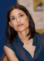 Julia Jones picture G584619