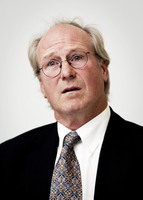 William Hurt picture G585455