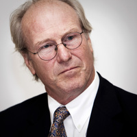 William Hurt picture G585457