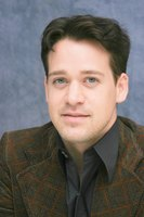 T.R. Knight picture G593402
