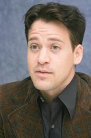 T.R. Knight picture G593406
