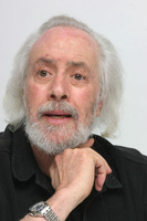 Robert Towne picture G593797