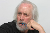 Robert Towne picture G593800
