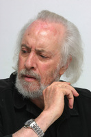 Robert Towne picture G593802