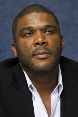 Tyler Perry poster G595299