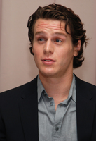 Jonathan Groff picture G596424