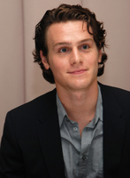 Jonathan Groff picture G596427