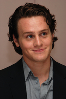 Jonathan Groff picture G596428