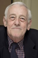 John Mahoney picture G598569