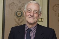 John Mahoney picture G598575