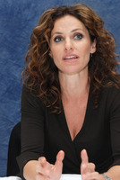 Amy Brenneman picture G606960