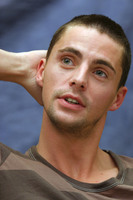 Matthew Goode picture G608467