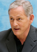 Victor Garber picture G609751