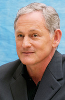 Victor Garber picture G609754