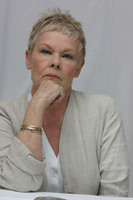 Judy Dench picture G613669