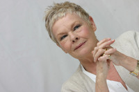 Judy Dench picture G613670