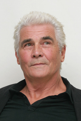 James Brolin poster G615468