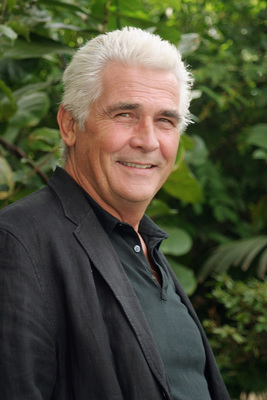 James Brolin poster G615470
