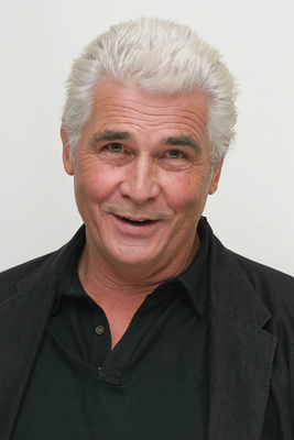 James Brolin poster G615472